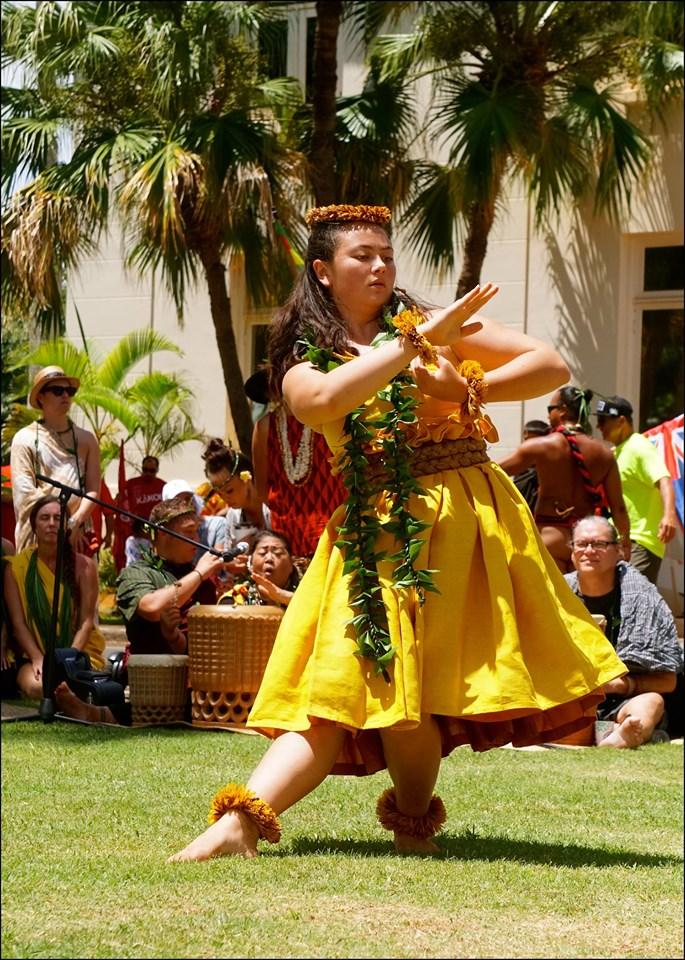 Hula in Lihue Kauai